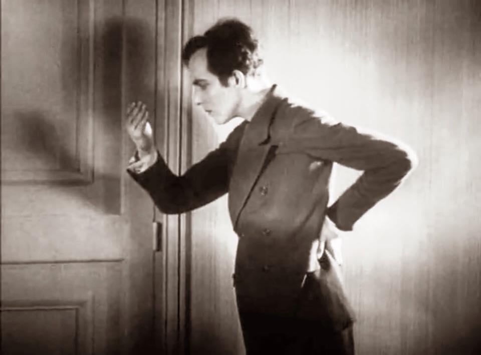 Luis Buñuel - Un chien andalou